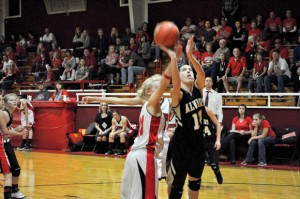 JUST SHY - The Alvord Lady Bulldogs lost to Muensters by only three points Tuesday night. Messenger photo by Clay Corbett