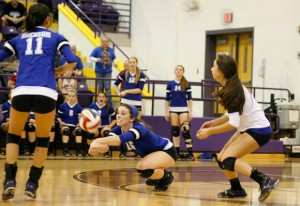 TOUGH DIG - Caroline Lowery gets the dig in Decatur's win over Krum Tuesday. Messenger photo by Clay Corbett