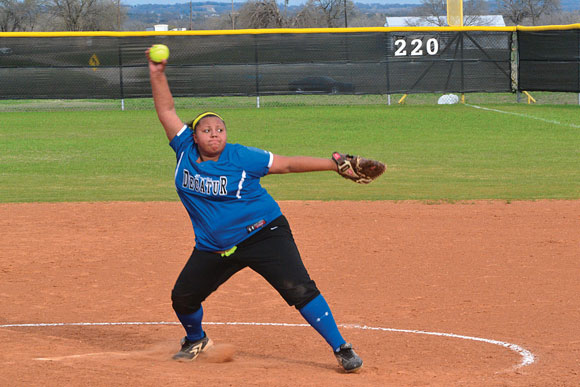 NICE PITCH - Decatur's Madison Minor delivers a pitch during the Lady Eagles 12-6 win over Gainesville Tuesday. Messenger photo by Clay Corbett