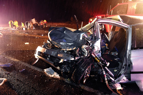 Wreck Injures Five